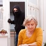 Conseils de sécurité pour les aînés contre les voleurs